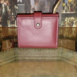 COACH glovetanned leather trifold wallet